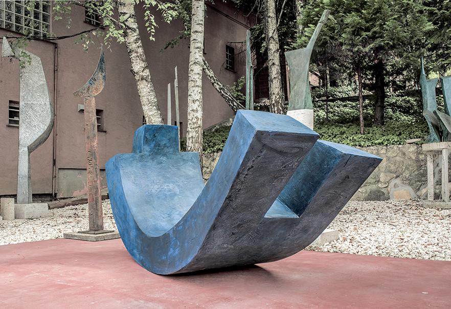 Janos Kalmar sculptor